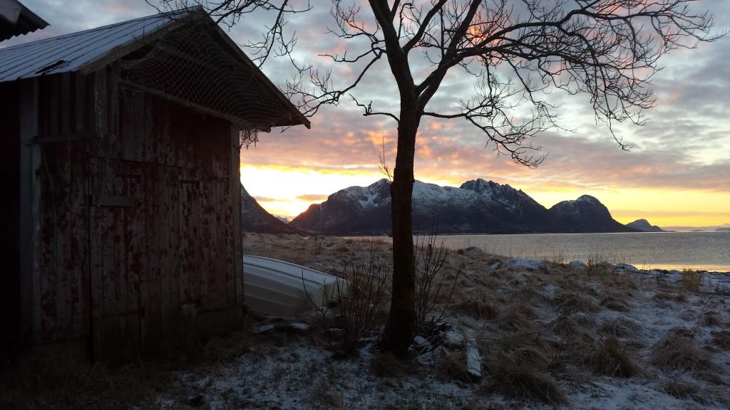 Utsikt mot Grønnøy og Åmøy, tatt fra Vikanesset. Foto: TB