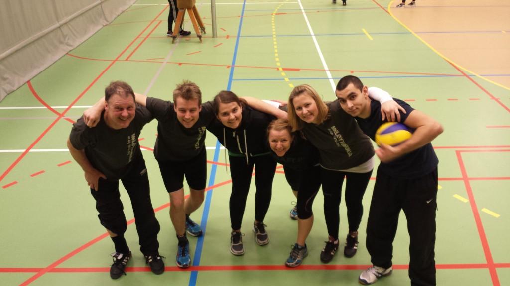 Lagbilde lag 1. Kjell, Torben, Karin, Wenche, Ann Kristin og Alex. Foto: TB