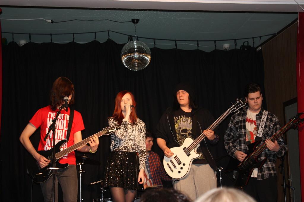 Perfection hadde konsert i Urd. Simen, Tora, Kristian Martin, Sander og Isak.