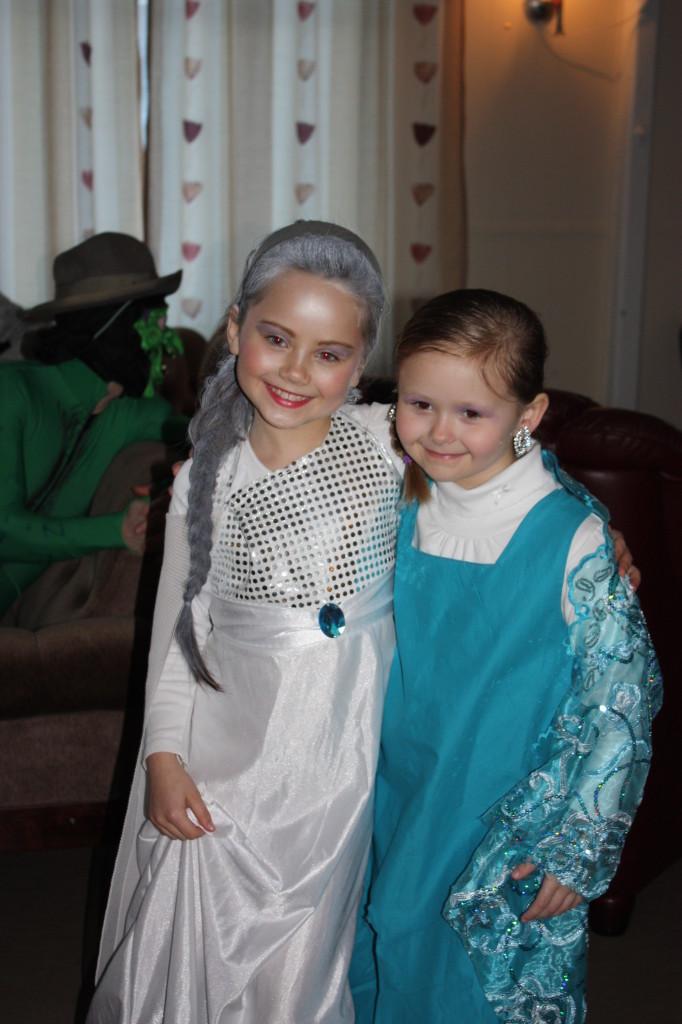 Her er to utgaver av Elsa i Frost.