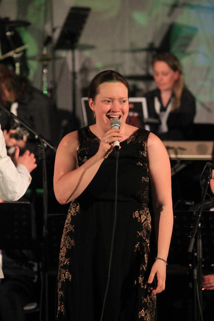 Bente Sørgård har stort register i stemmen.
