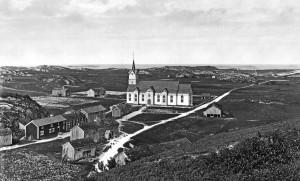 Meløy kirke *** Local Caption ***  W2686l Meløy, kirka og sentrum