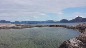 Kulpen på Henrikøya som bare fylles opp ved høyvann. Foto: TB