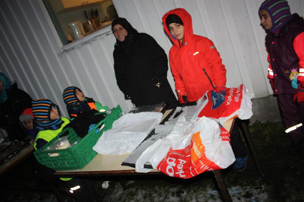 Sawsan og Adnan solgte syrisk mat og kaker...