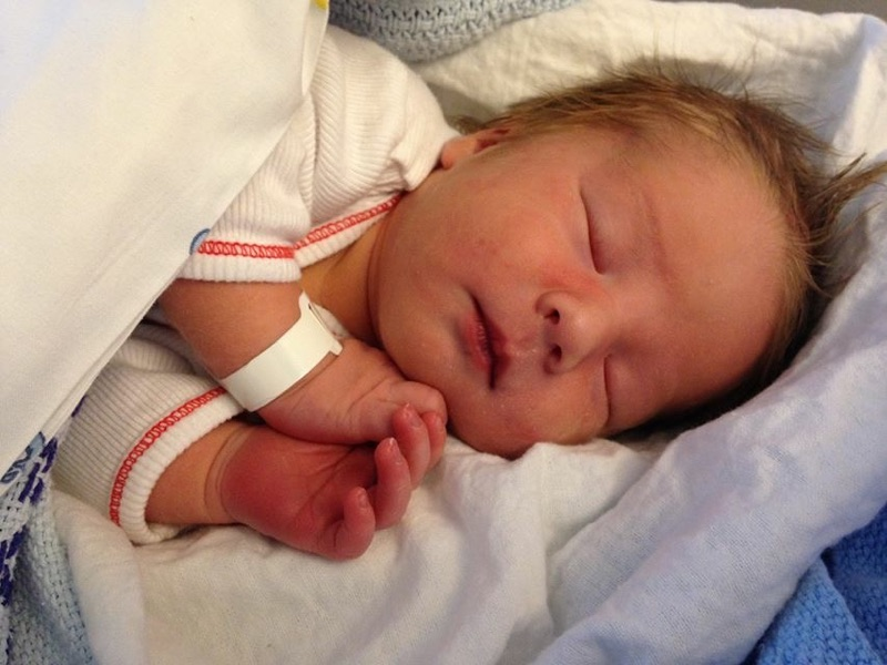 7. august kom lille Hermann til verden, og ble det andre barnet som ble født på Meløya i 2015. Velkommen til verden!